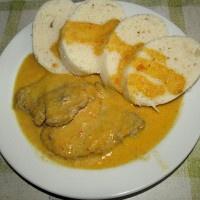 Bravčové mäso so zeleninovou omáčkou