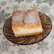 Svieži tvarohový koláč